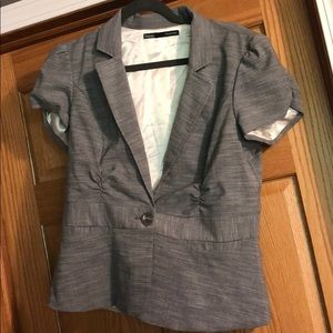 Women's short sleeved blazer